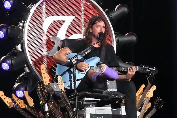 Dave Grohl rock throne