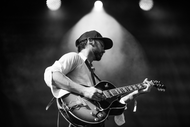 Shakey Graves by Nick Simonite